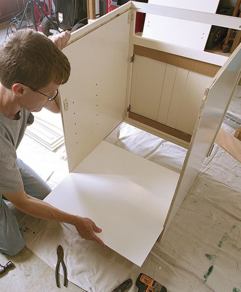 Kitchen Cabinets Assemble Yourself: The Top 5 Benefits Of RTA (Ready-To-Assemble) Cabinets