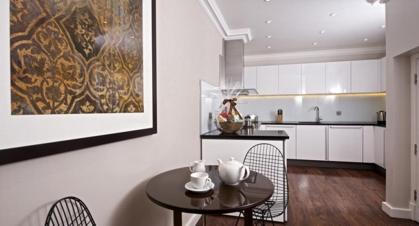Property to Rent in 3 bedroom apartment to rent, South Kensington, South Kensington, South Kensington, United Kingdom