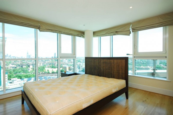 Property to Rent in 3 Bed Flat for Rent, Vauxhall, United Kingdom
