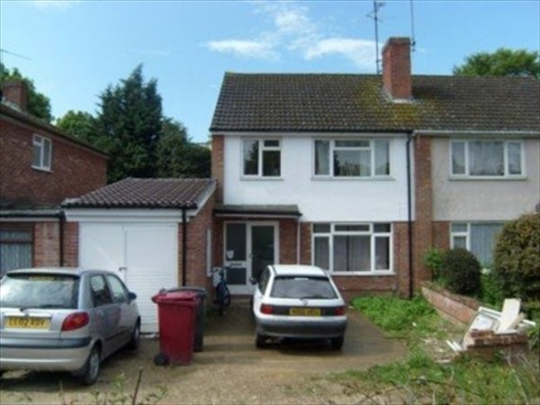 Property to Rent in 1 Bed Detached house for Rent, Reading, United Kingdom