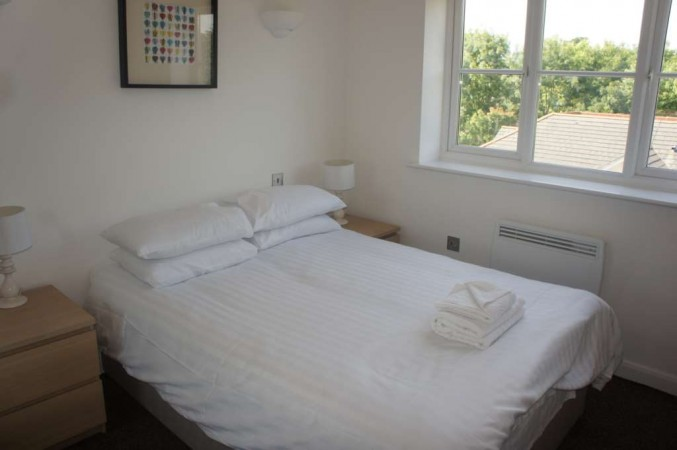 Property to Rent in 1 Bed Apartment for Rent, Crawley, United Kingdom