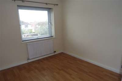 Property to Rent in 2 Bed Flat for Rent, Leigh-on-Sea, United Kingdom