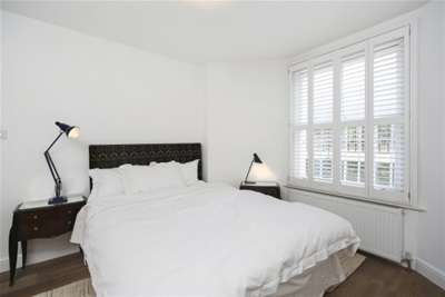 Property to Rent in 2 Bed Flat for Rent, London, United Kingdom