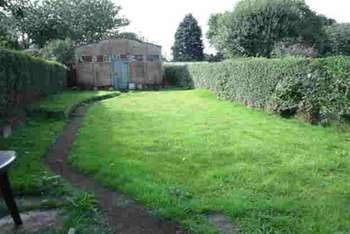Property to Rent in 3 Bed Semi-detached house for Rent, Oldbury, United Kingdom