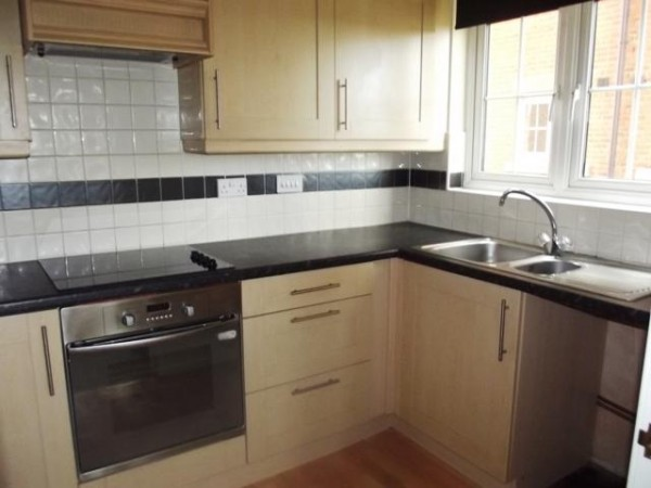Property to Rent in 2 Bed Apartment for Rent, HULL, United Kingdom