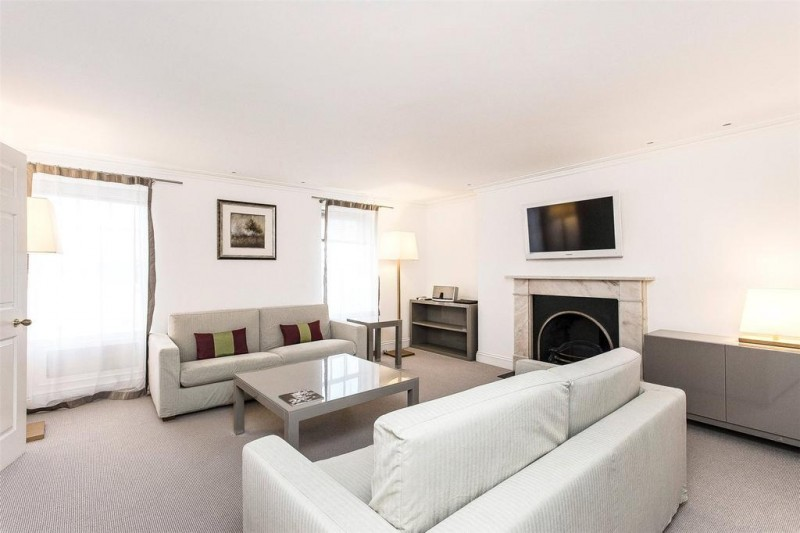 Property to Rent in 3 bedroom apartment to rent, Mayfair, Mayfair, Mayfair, United Kingdom