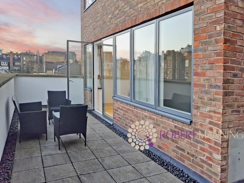 Property to Rent in 2 bedroom apartment to rent, Kensington, Kensington, Kensington, United Kingdom