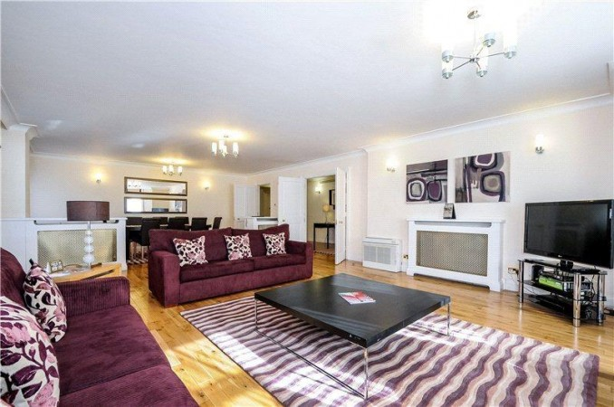 Property to Rent in 4 bedroom apartment to rent, South Kensington, South Kensington, South Kensington, United Kingdom