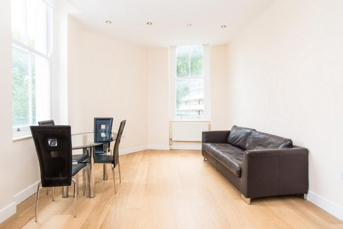 Property to Rent in 2 bedroom flat to rent, Limehouse, Limehouse, Limehouse, United Kingdom