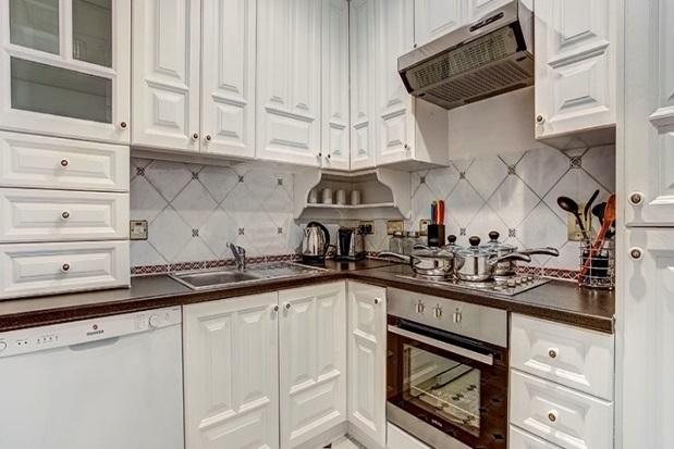 Property to Rent in 6 Bed Detached house for Rent, LONDON, United Kingdom