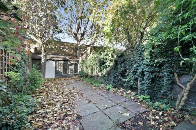 Property to Rent in 4 Bed Terraced House for Rent, LONDON, United Kingdom