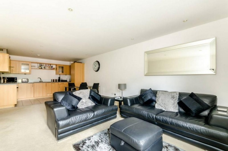 Property to Rent in 1 bedroom flat to rent, Kensington, Kensington, Kensington, United Kingdom