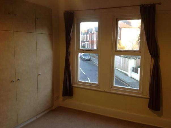 Property to Rent in 2 Bed Maisonette for Rent, Barnet, United Kingdom