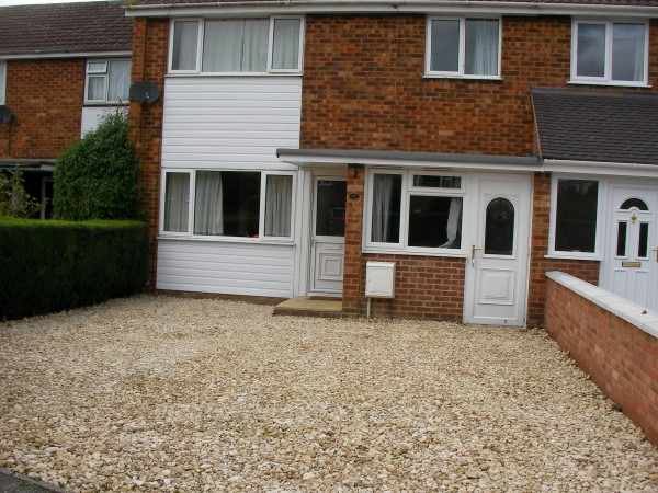 Property to Rent in 4 Bed Terraced House for Rent, Tewkesbury, United Kingdom