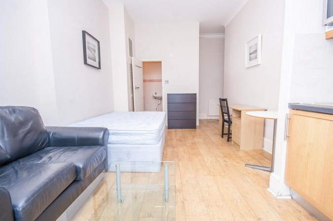 Property to Rent in Studio to rent, Kensington, Kensington, Kensington, United Kingdom