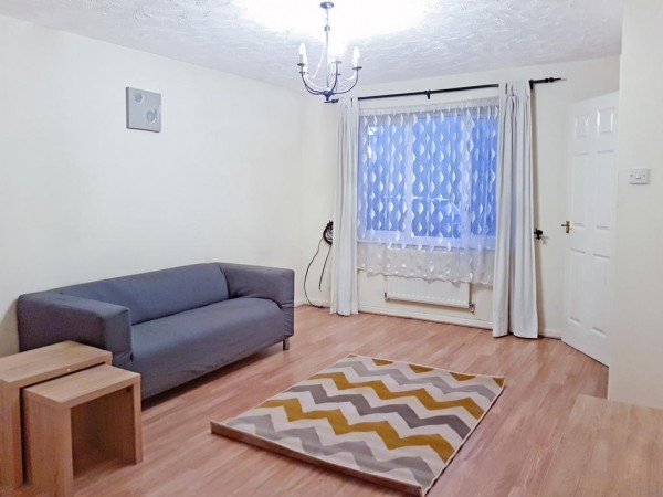 Property to Rent in 3 bedroom house to rent, Silvertown, Silvertown, Silvertown, United Kingdom