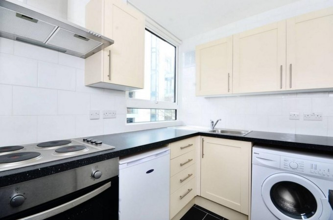 Property to Rent in Studio to rent, Highgate, Highgate, Highgate, United Kingdom