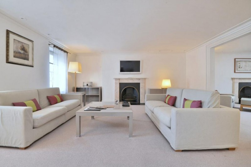 Property to Rent in 3 bedroom flat to rent, Mayfair, Mayfair, Mayfair, United Kingdom