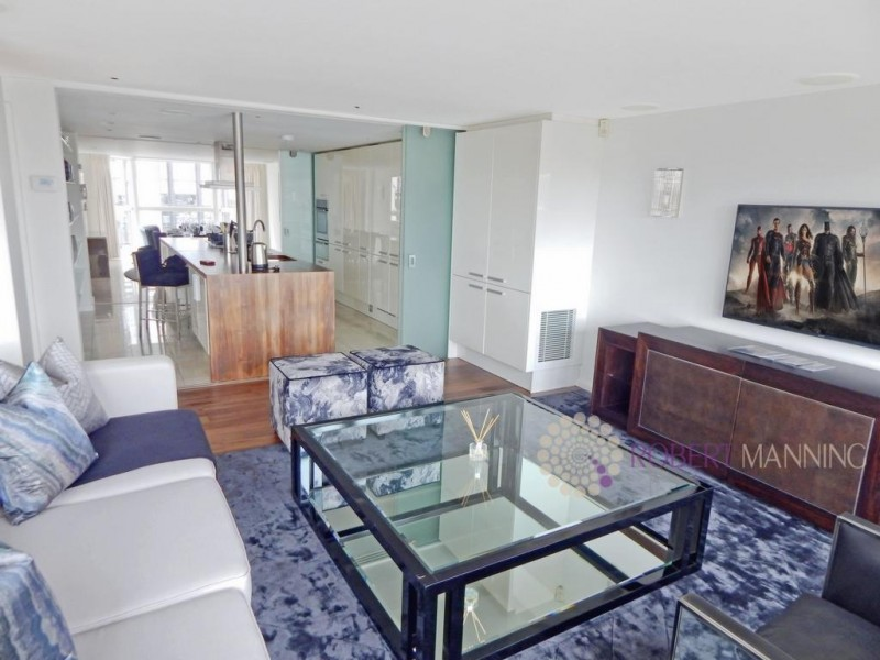 Property to Rent in 3 bedroom flat to rent, Kensington, Kensington, Kensington, United Kingdom