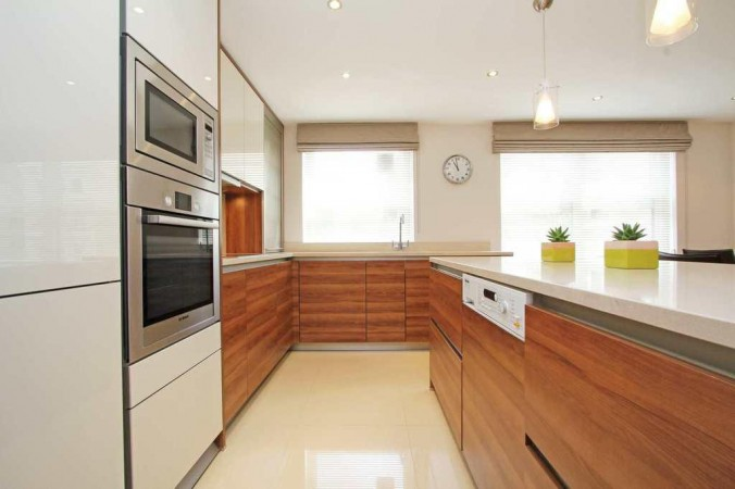 Property to Rent in 3 bedroom flat to rent, Knightsbridge, Knightsbridge, Knightsbridge, United Kingdom