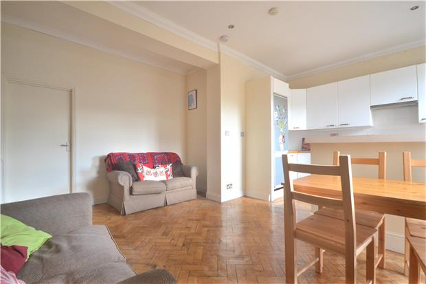 Property to Rent in 4 Bed Flat for Rent, LONDON, United Kingdom