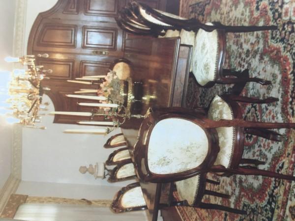 Luxury Dinning room