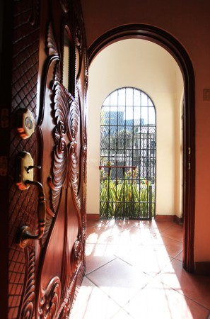Entry-main-house