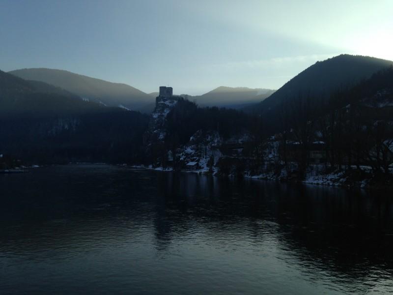 Strecno Castle – 18km
