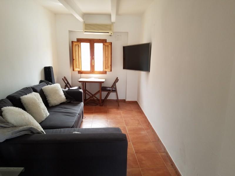 Living room (top floor)