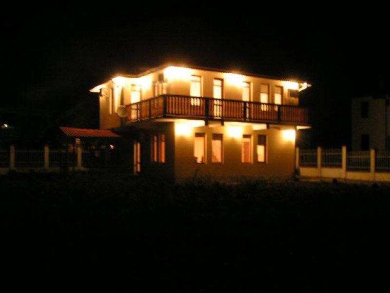 Villa by Night - Bulgaria Blacksea Balchik