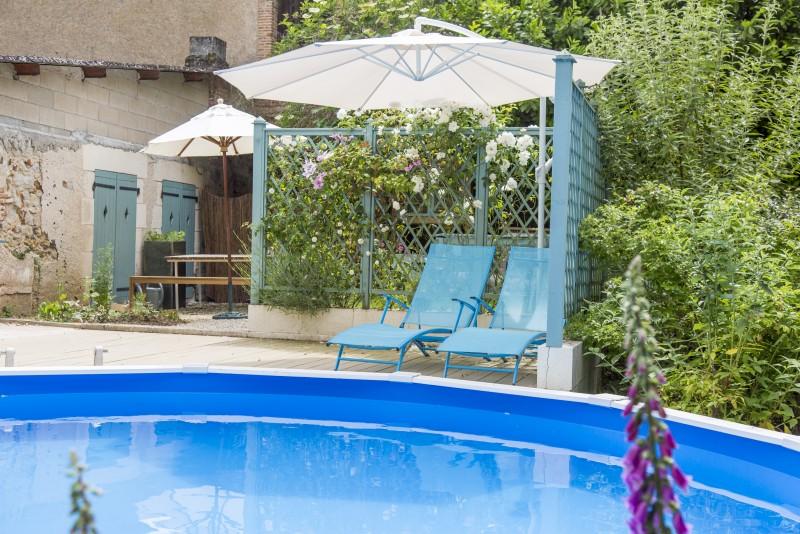 Swiiming pool and Terrace