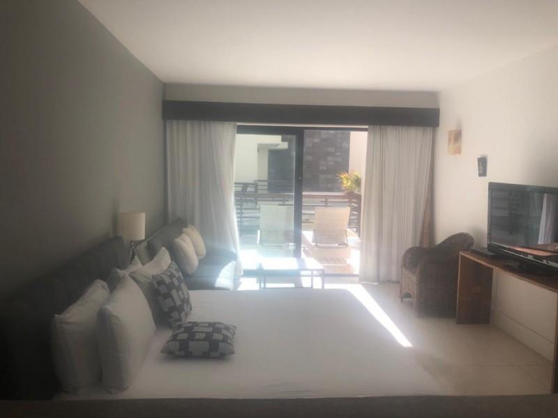 1 bedroom  jr suite