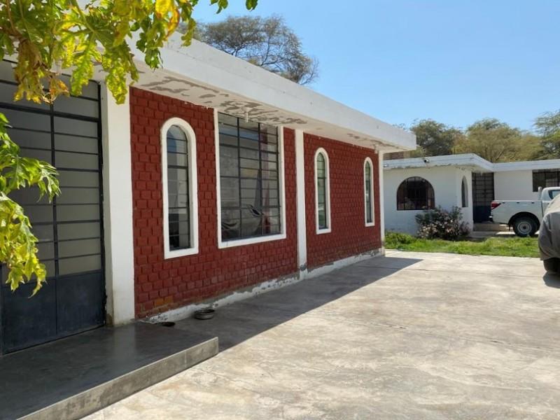 House 1 Outside 3