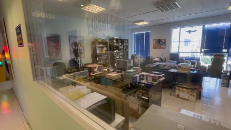 Office space for 14 desks