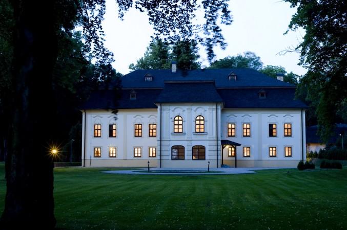 Manor House Exterior