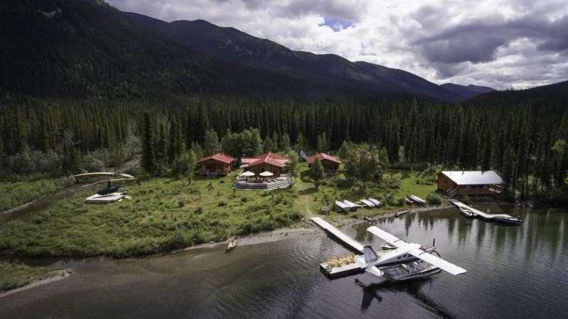 Luxury fly-in Resort