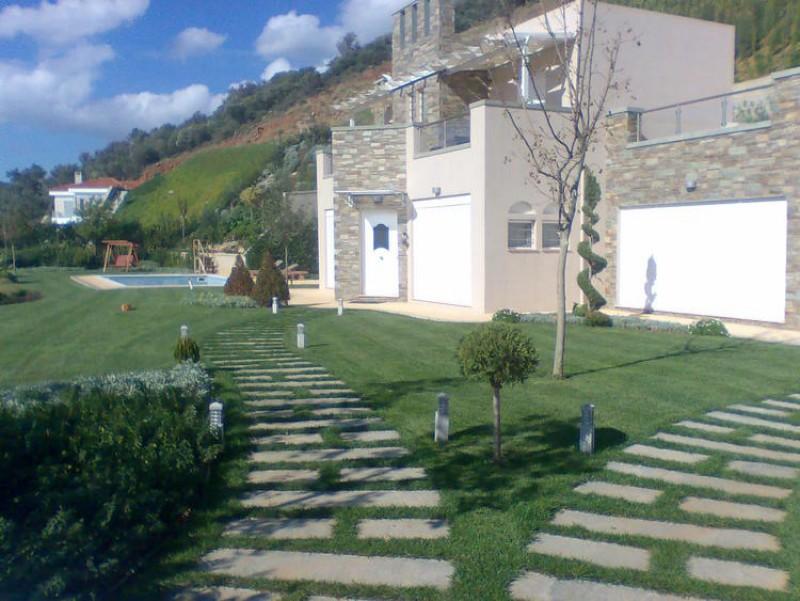 House Euboea 3